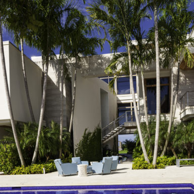 Randall Stofft Architects 2015101617_ferranteres_39-385x385