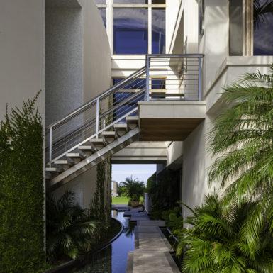 Randall Stofft Architects 2015101617_ferranteres_44-385x385